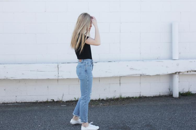 Mom Jeans Six